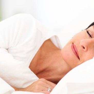 Comer bien para dormir mejor.